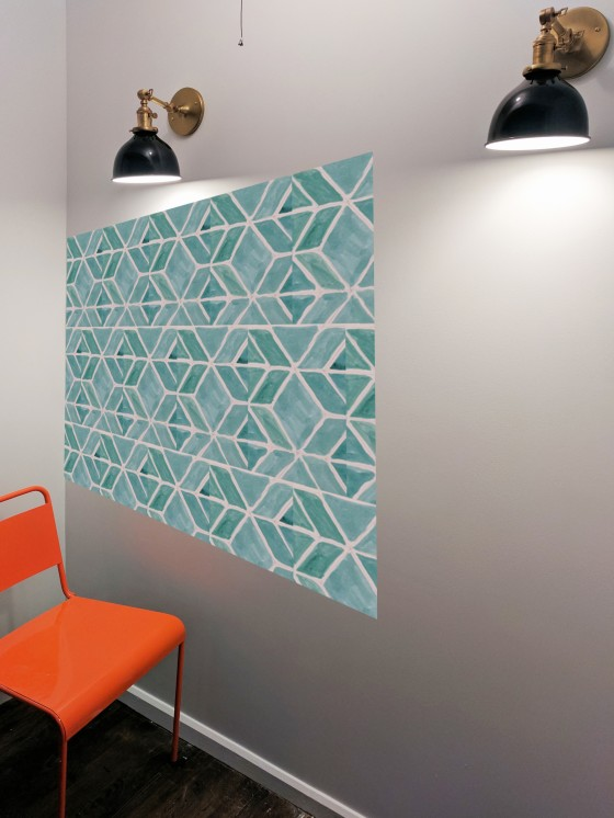 Wall with watercolor pattern